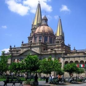Majestic buildings line the streets near Projects Abroad volunteer opportunities in Mexico.